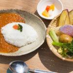 鎌倉野菜の専門店「鎌倉野菜カレーかん太くん」に、ベジタリアン/ヴィーガンの方に向けた新メニュー「農家のやさいカレー」が仲間入り。